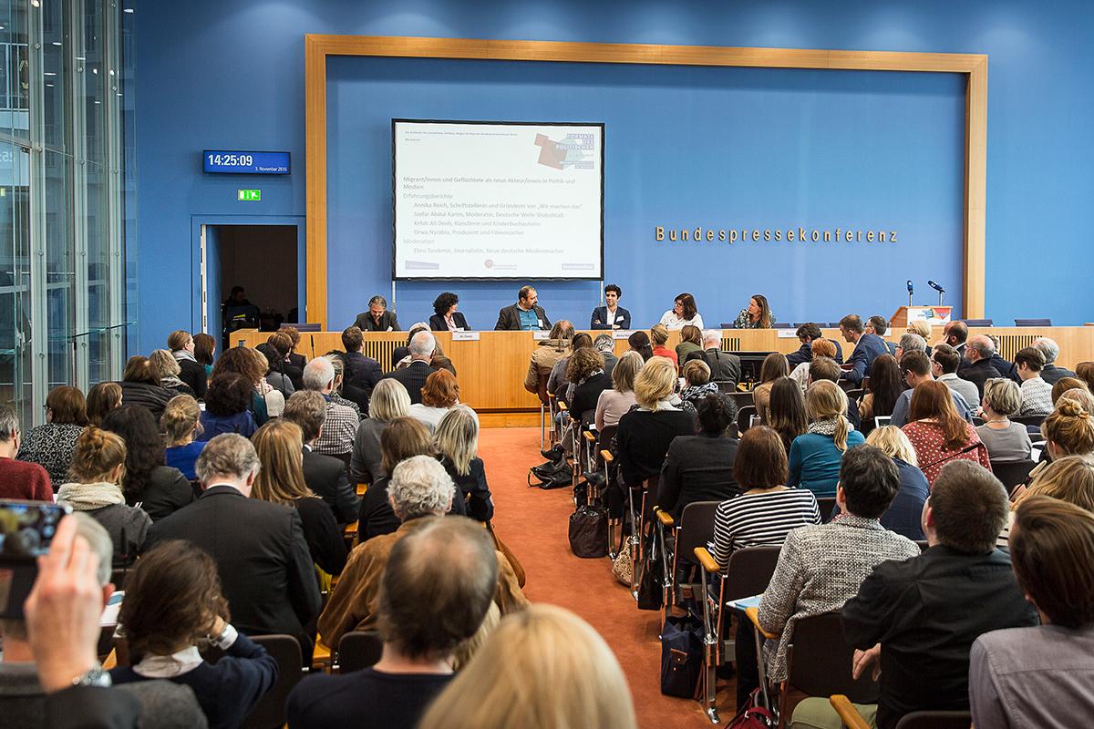 Wir machen das – Vorstellung und Panel auf der Konzferenz Formate des Politischen - Medien und Politik im Wandel