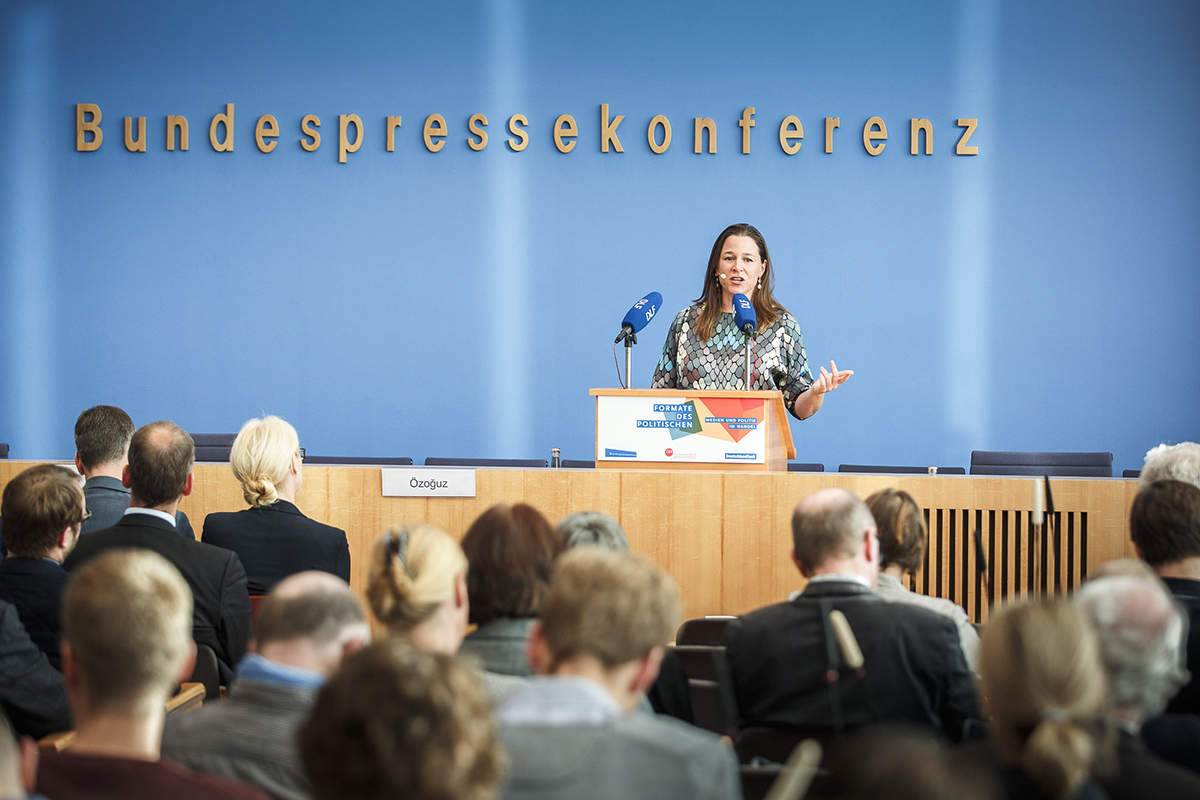 Wir machen das Vorstellung und Panel auf der Konzferenz Formate des Politischen - Medien und Politik im Wandel